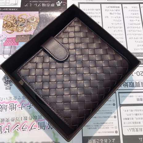 on sale 4cc37 d1ef4 ボッテガヴェネタ イントレチャートの財布の買取なら夢市場 ...